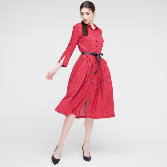 66f716a28c5b9a Постійний вибір одягу створює нові правила та традиції, яким сучасні жінки  намагаються відповідати.